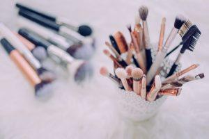 limpiar las brochas de maquillaje